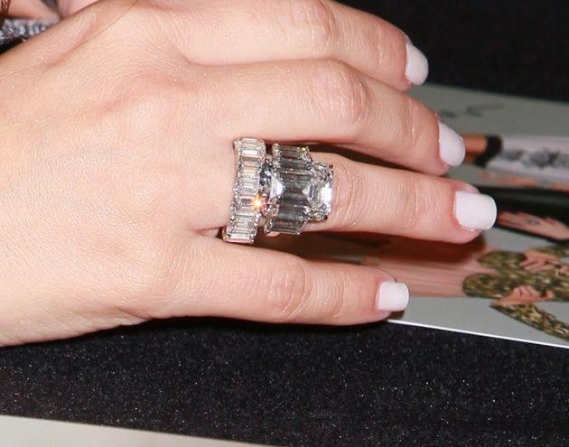 Помолвочное кольцо Ким Кардашьян