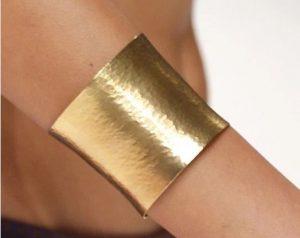 Золотой массивный браслет