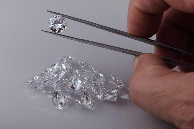 Какие бриллианты лучше