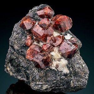 Гиацинт - минерал, разновидность циркона