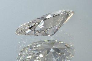 Крупный облагороженный бриллиант