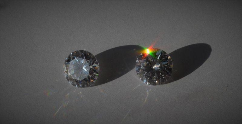 Определение бриллианта в домашних условиях