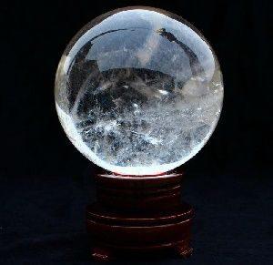 Магический шар из хрусталя