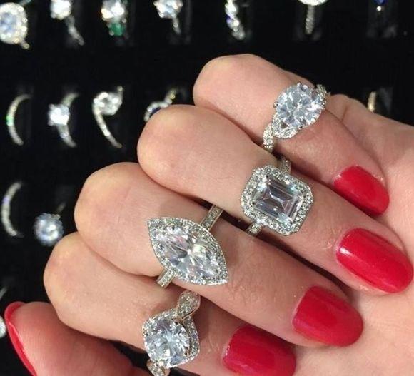 Красивые кольца для помолвки